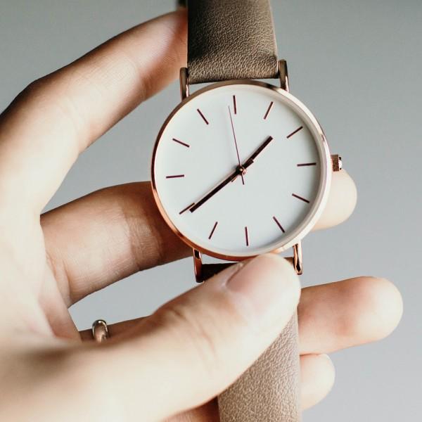 Uhr mit Abverkauf
